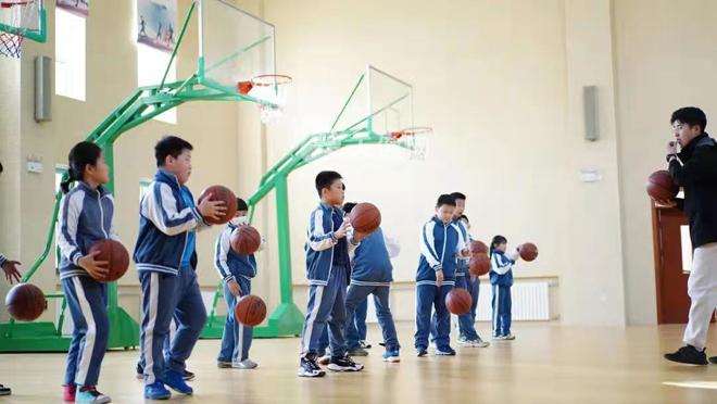 弘毅小学:丰富学生业余生活 点亮课后时光